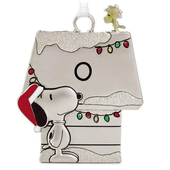 "Hallmark Initial ""O"" Peanuts Ornament"